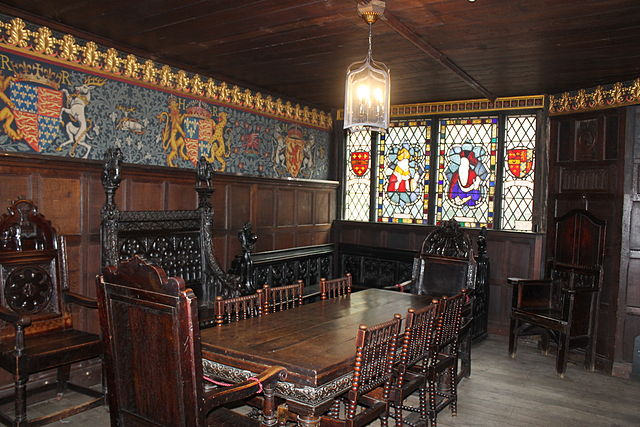 448Px Inside St Marys Guildhall Coventry