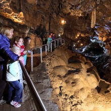 Poole's Cavern & Country Park