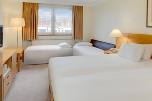 Family 4 Single Beds Room