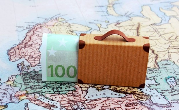 8 Money Saving Travel Tips